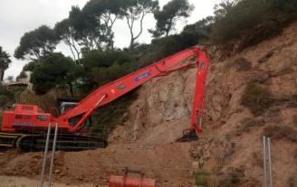 Restauren els danys de la polèmica obra de Xavi Hernández a la platja de Sa Conca