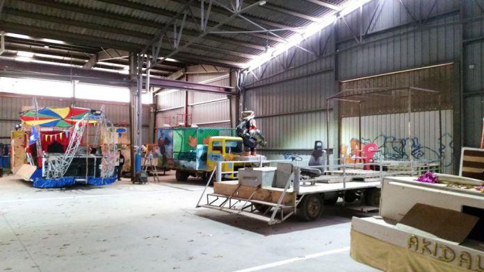 Una nova nau cedida per l'Ajuntament per les colles de carnaval de Santa Cristina