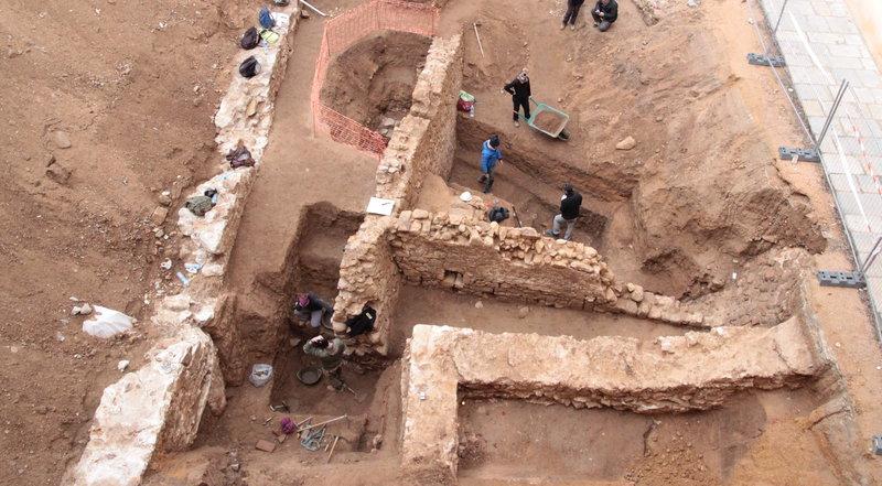 Les prospeccions al monestir descobreixen restes arqueològiques