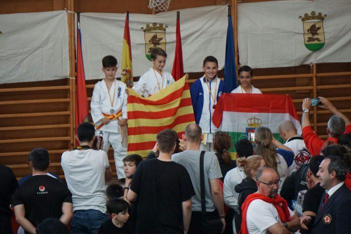 Bons resultats del Dojo Sant Feliu al campionat d'Espanya de Karate W.U.K.O.