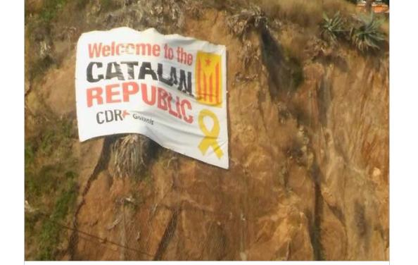 Els CDR reclamen que Sant Feliu no retiri una pancarta reivindicativa