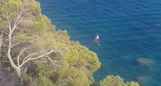 Els Bombers rescaten un grup de sis noies atrapades a Santa Cristina d'Aro