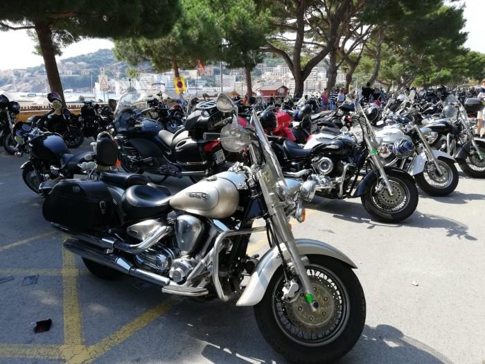 Un total de 900 motos a la 15a Trobada de Sant Feliu