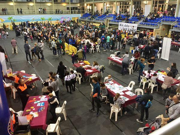 Centenars de nens i nenes amb les seves famílies han participat aquest dissabte a la Festa de la Infància de Platja d'Aro
