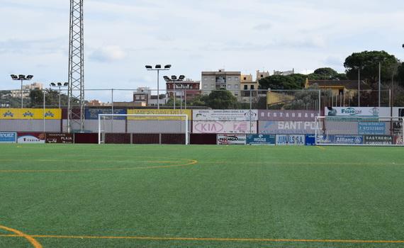 S'instal.len nous parapilotes al Camp Municipal Josep Sunyer i Arxer
