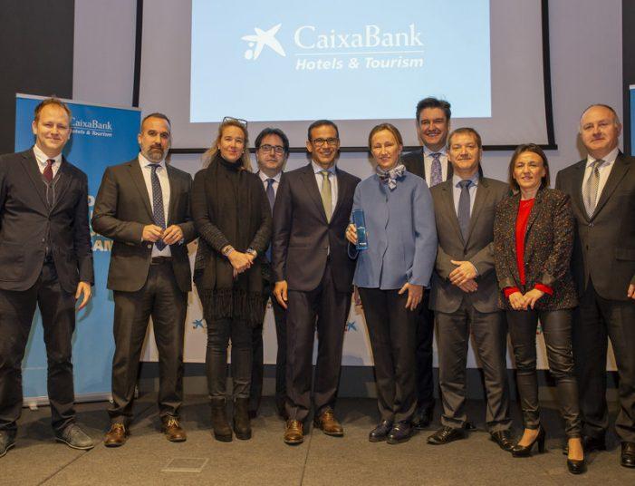 CaixaBank premia Aromar Med Playa i Guitart
