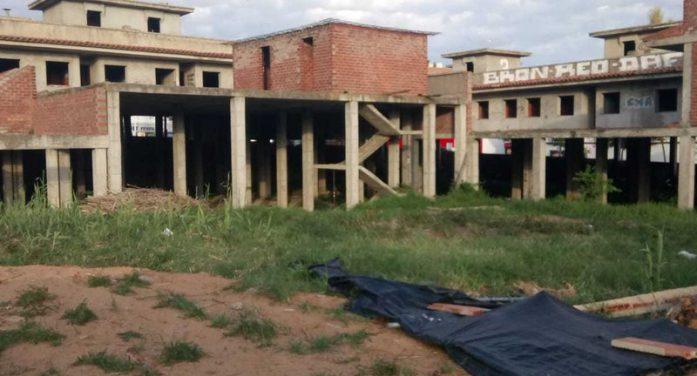 Solució per a un dels edificis 'fantasma' de Sant Feliu