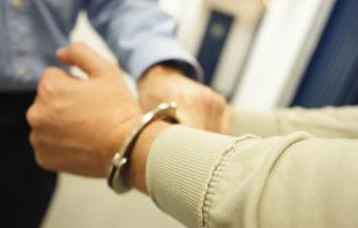 Detinguts dos homes per robar en dues botigues i en una habitació d'hotel a Sant Feliu de Guíxols