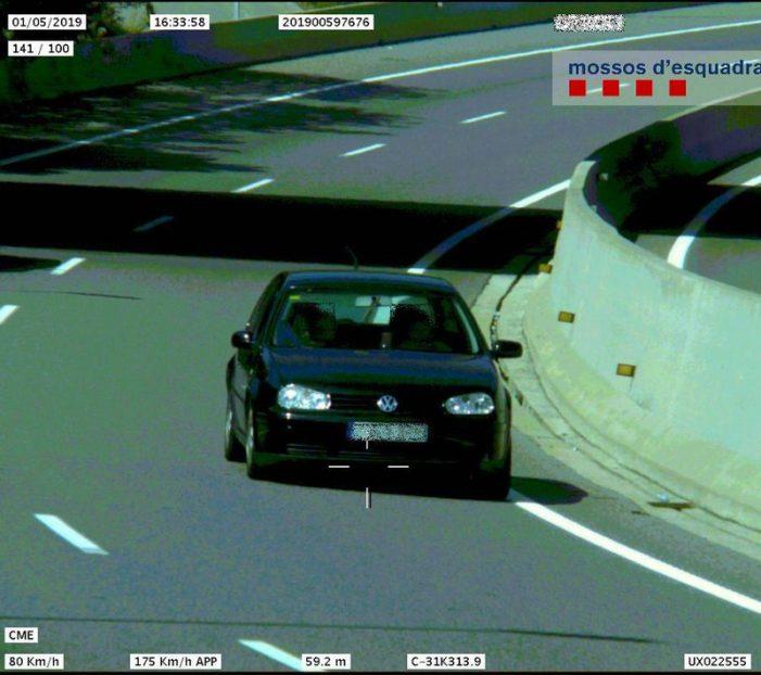 Denuncien un conductor que circulava a 175 km/h
