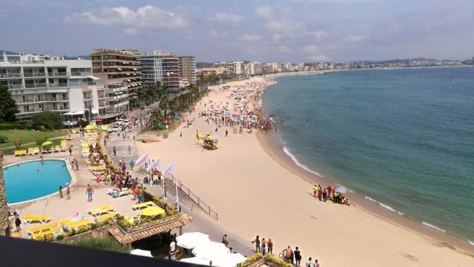 Un home de 88 anys mor ofegat a la platja de Torre Valentina, a Calonge