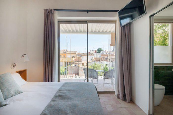 ESTABLIMENTS HOTELERS DE COSTA BRAVA CENTRE I COSTA BRAVA VERD HOTELS OFEREIXEN LLITS PER ATENDRE A LES PERSONES AFECTADES PEL CORONAVIRUS