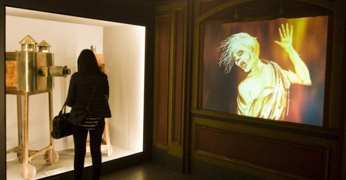 L'efecte dominó fa caure els museus, el Mot i els teatres