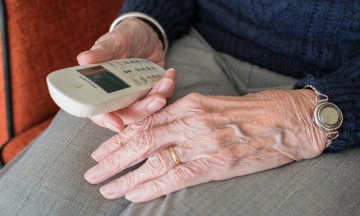 Bona acollida del seguiment telefònic als majors de 70 anys de Sant Feliu de Guíxols