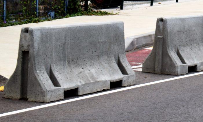 L'Ajuntament amplia la zona de pas de vianants en una part del Passeig del Mar