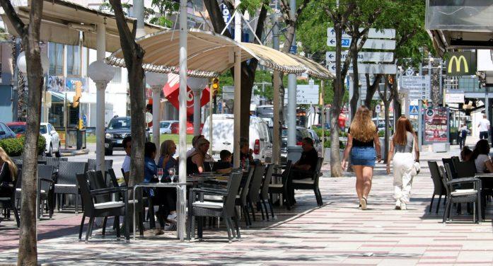 Neix Platja d'Aro Portes Obertes, una campanya per atreure turistes La iniciativa impulsada per l'associació d'empresaris sortejarà obsequis, experiències i estades per als visitants
