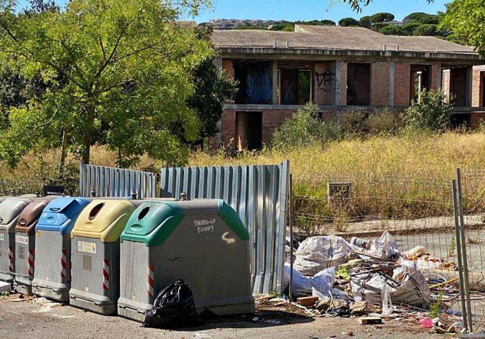 Denuncien la «deixadesa» de la urbanització ganxona del Vilar d'Aro