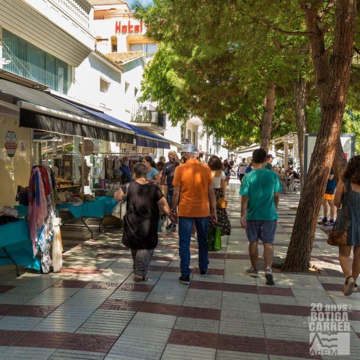 L'Associació d'Empresaris de Castell-Platja d'Aro i S'Agaró (AdEM) fa una valoració positiva d'una 'Botiga al carrer' que ha ajudat a pal·liar els efectes d'una temporada atípica marcada per la pandèmia