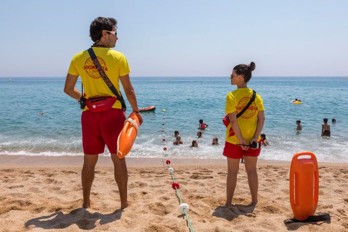 Més de 13.000 accions preventives, 760 assistències sanitàries i 200 ajudes al bany durant l'estiu de 2020 a les platges del municipi
