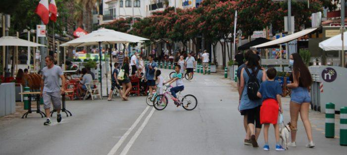 Platja d'Aro recupera els aparcaments que va suprimir quan va peatonalitzar l'eix comercial per la pandèmia