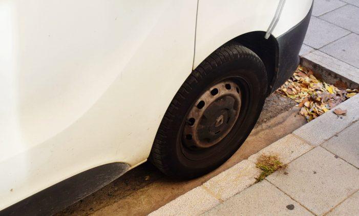 L'Ajuntament continua treballant per retirar els vehicles abandonats de la via pública